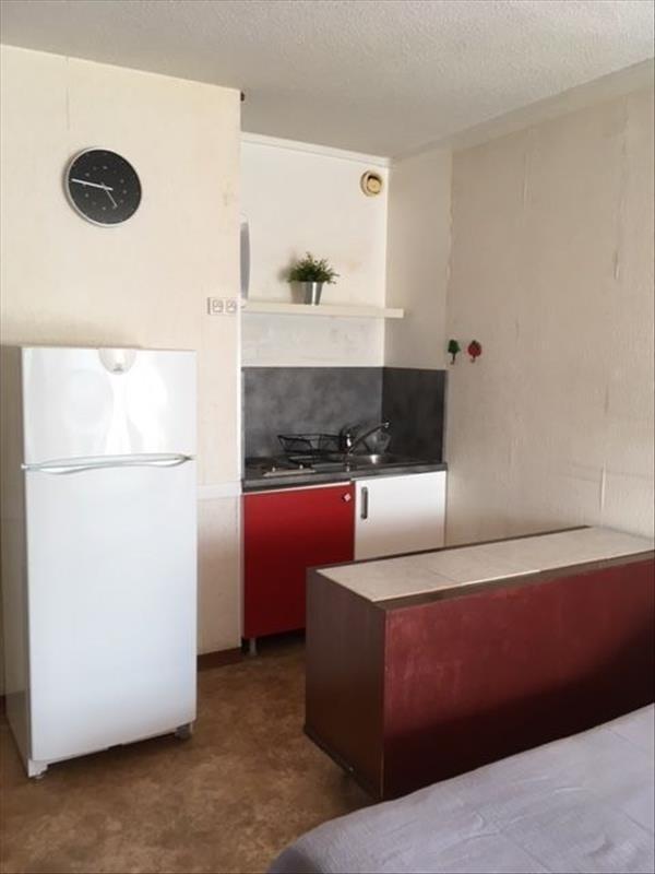 Sale apartment Balaruc les bains 104000€ - Picture 2