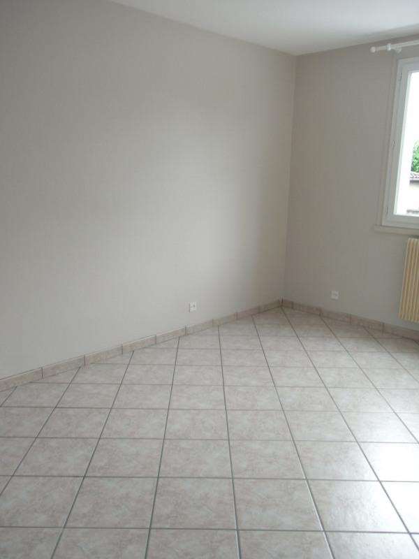 Rental apartment Irigny 724€ CC - Picture 8