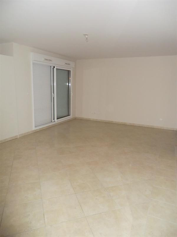 Sale apartment Carqueiranne 359 000€ - Picture 1