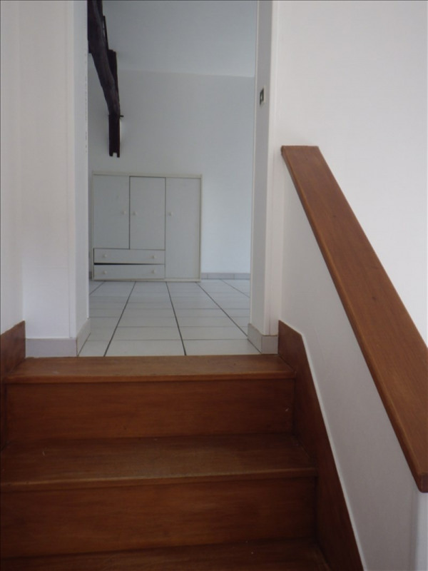 Rental apartment Auxerre 355€ CC - Picture 2