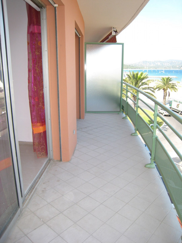 Vacation rental apartment Cavalaire sur mer 450€ - Picture 2