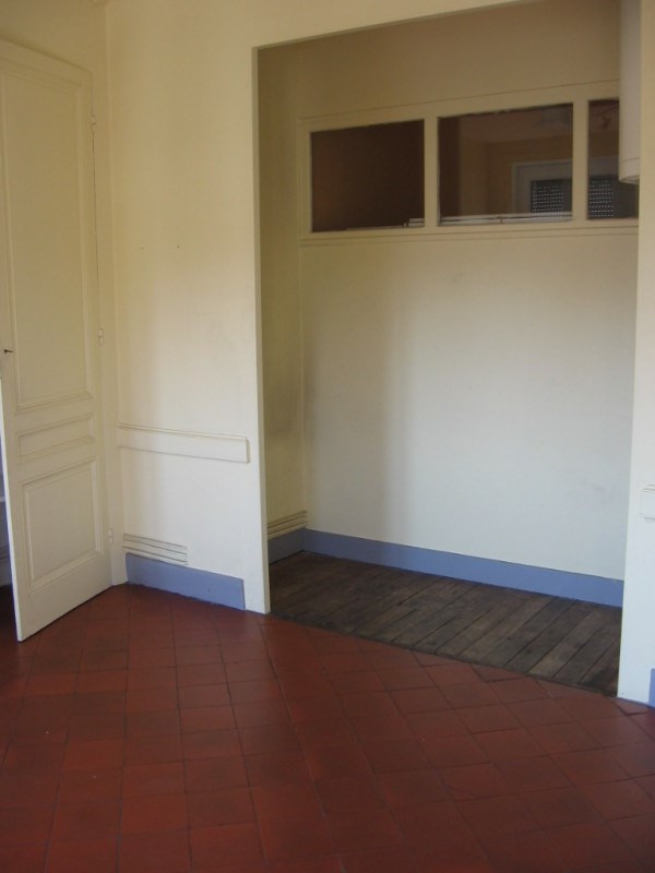 Location appartement Oullins 542€ CC - Photo 4