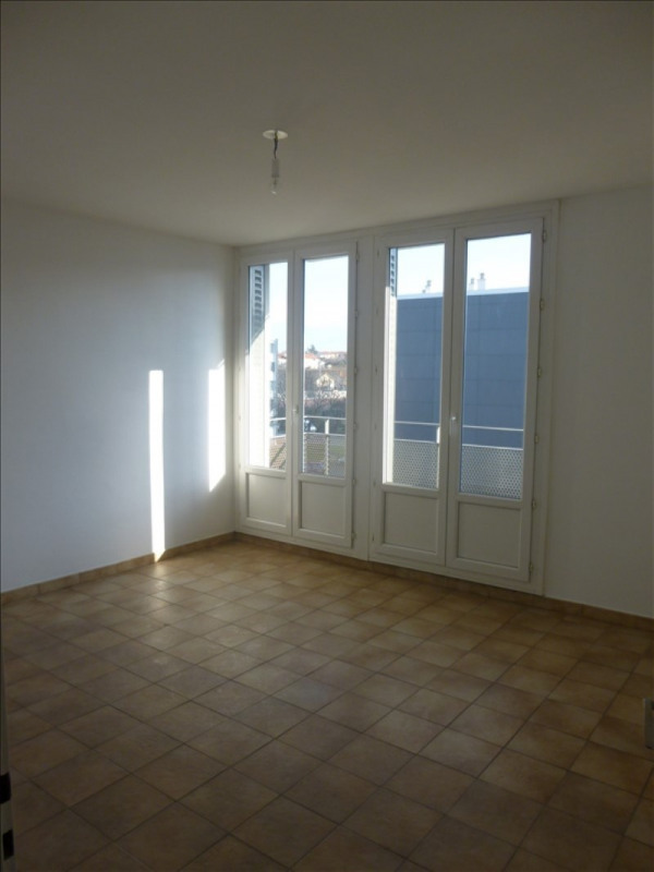 Vente appartement St priest 109 000€ - Photo 3