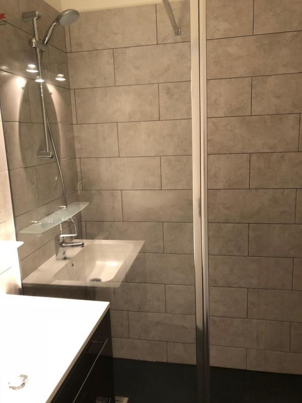 Rental apartment Villejuif 890€ CC - Picture 4