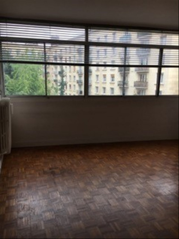 Sale apartment Paris 15ème 499 000€ - Picture 2