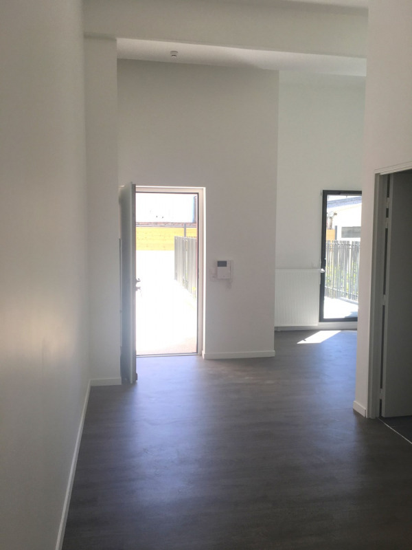 Rental office Montreuil 850€ CC - Picture 1
