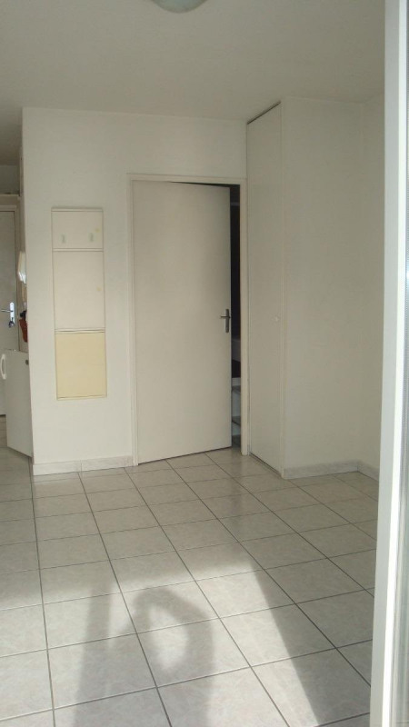 Location appartement Saint-martin-d'hères 408€ CC - Photo 2