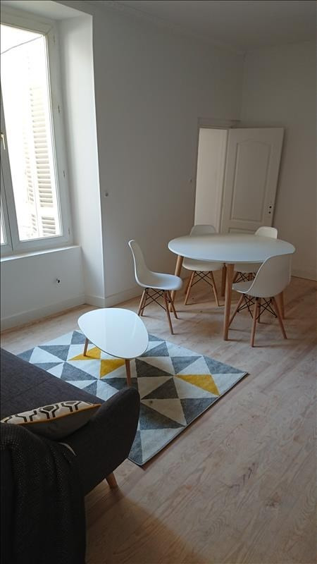 Sale apartment La rochelle 141 000€ - Picture 1