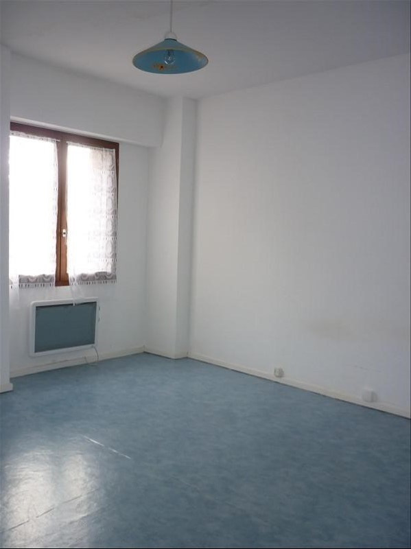 Location maison / villa Reveillon 404€ CC - Photo 7