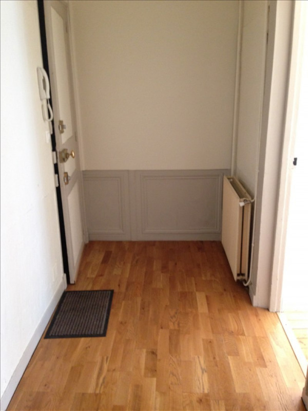 Rental apartment St quentin 600€ CC - Picture 4