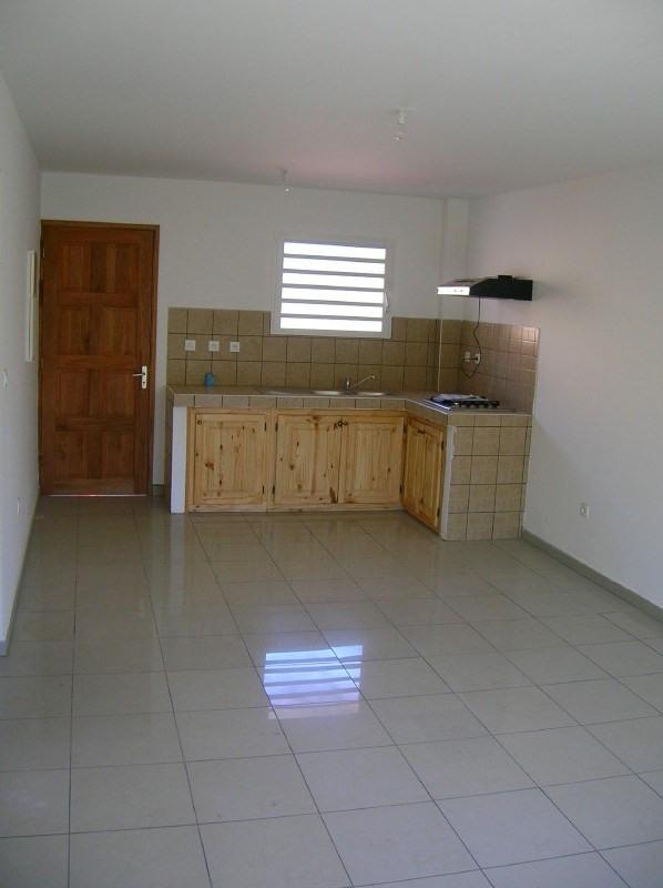 Location appartement Le tampon 540€ CC - Photo 3