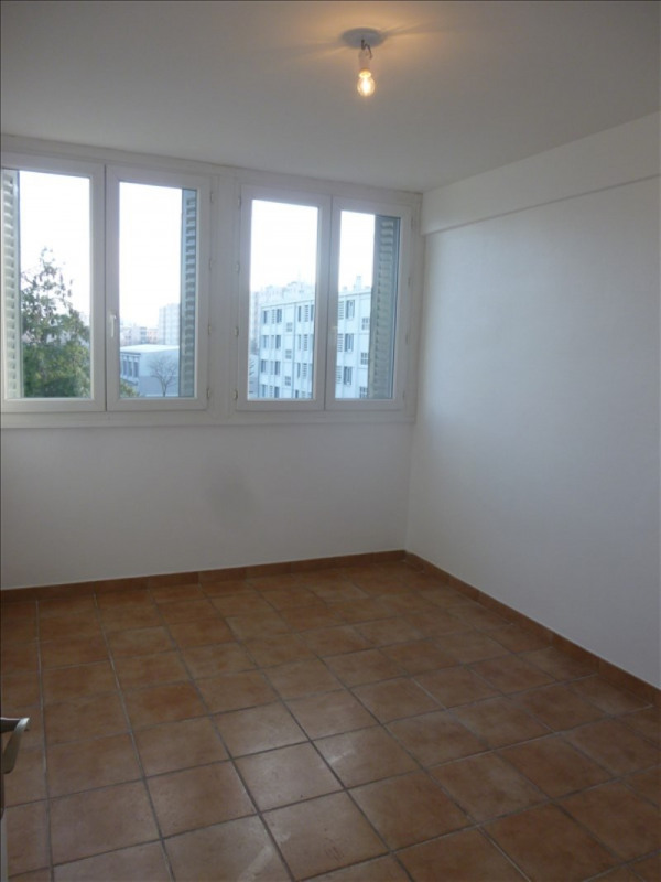 Vente appartement St priest 109 000€ - Photo 4
