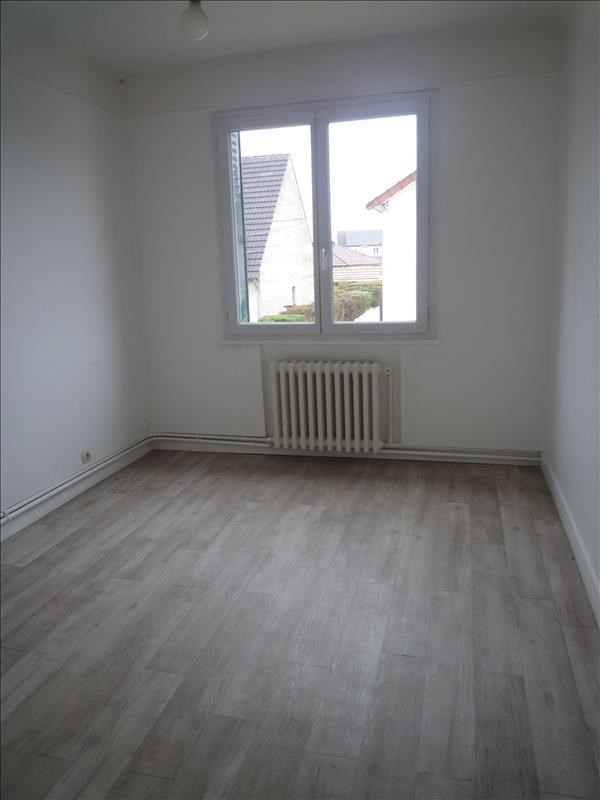 Rental apartment Livry gargan 725€ CC - Picture 4