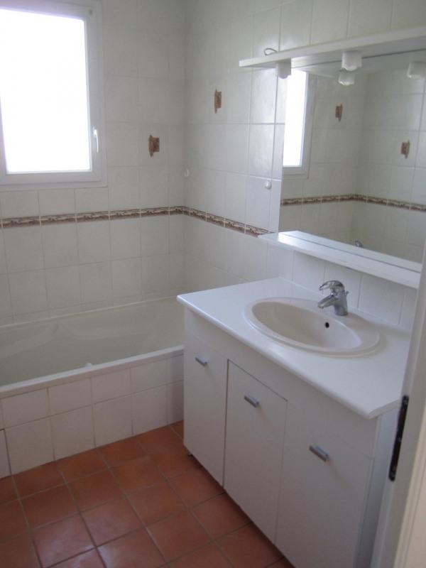 Rental house / villa Barbezieux-saint-hilaire 620€ CC - Picture 5