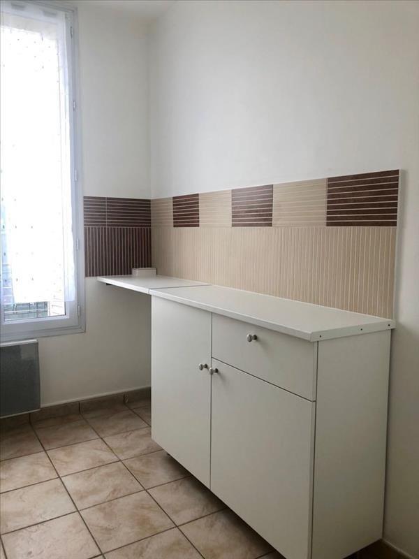 Location appartement La garenne colombes 710€ CC - Photo 5