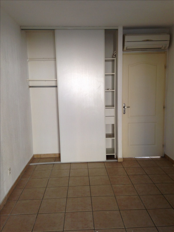 Rental apartment St esteve 690€ CC - Picture 3