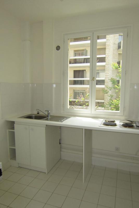 Rental apartment Paris 16ème 995€ CC - Picture 5