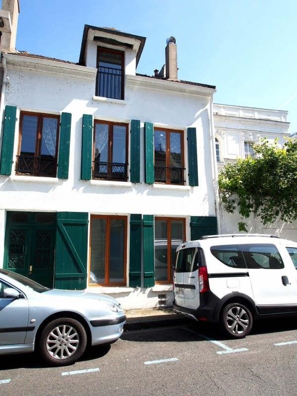 Sale house / villa Andresy 348000€ - Picture 1