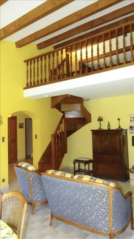 Deluxe sale house / villa Aix en provence 579000€ - Picture 3