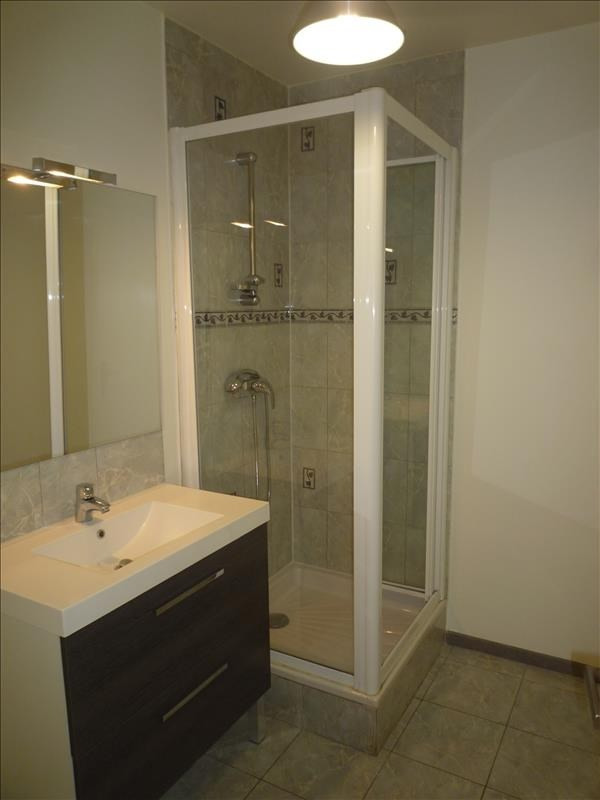 Rental apartment Livry gargan 725€ CC - Picture 6