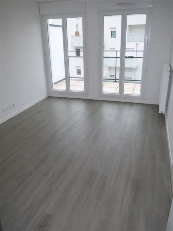Locação apartamento Acheres 743€ CC - Fotografia 2