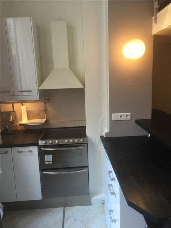 Location appartement Paris 8ème 1 345€ CC - Photo 5