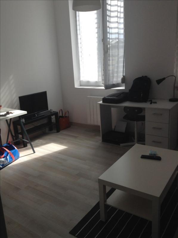 Rental apartment St quentin 450€ CC - Picture 5