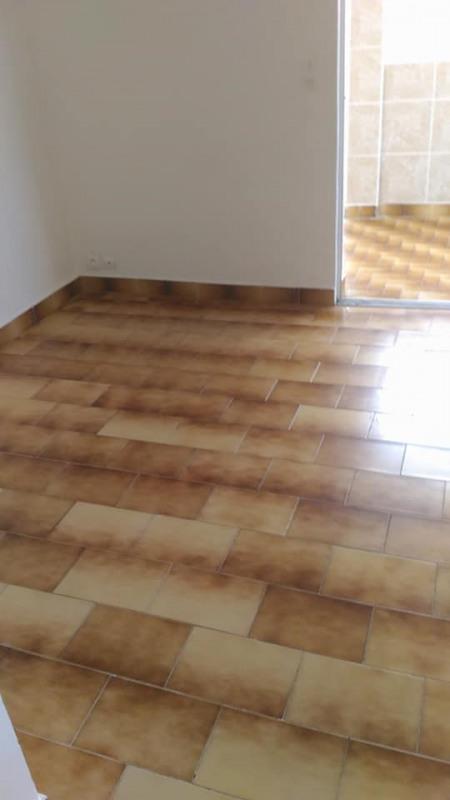 Rental apartment St claude 650€ CC - Picture 8