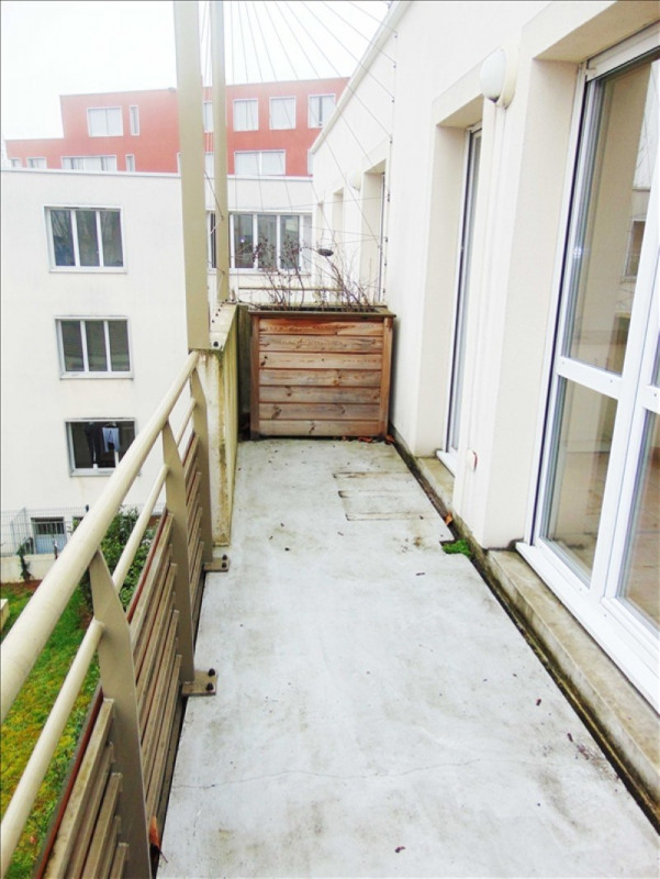 Rental apartment St denis 795€ CC - Picture 6