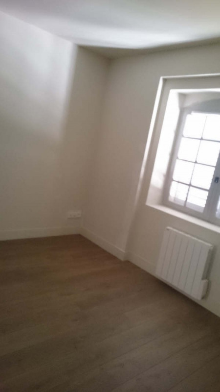 Location appartement Nimes 832€ CC - Photo 9