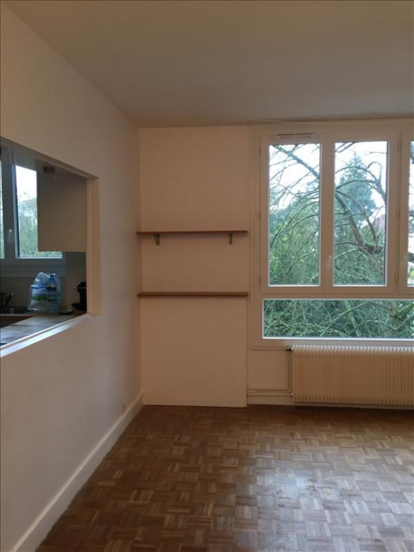 Rental apartment Bougival 1150€ CC - Picture 8