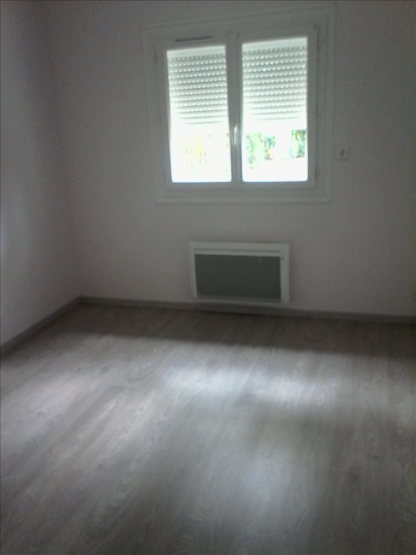 Location maison / villa Melay 570€ CC - Photo 4