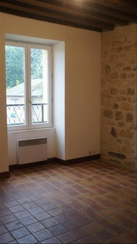 Rental apartment Andresy 690€ CC - Picture 1
