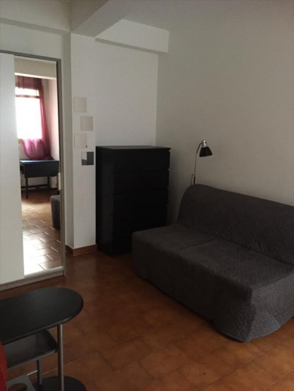 Rental apartment Aix en provence 450€ CC - Picture 3