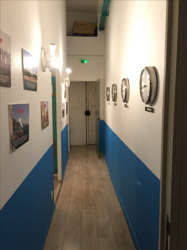 Location local commercial Lyon 1er 1 400€ HT/HC - Photo 4
