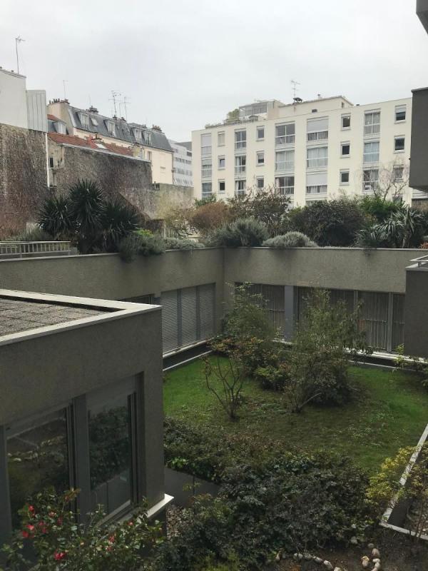 Location appartement Paris 11ème 1437€ CC - Photo 10