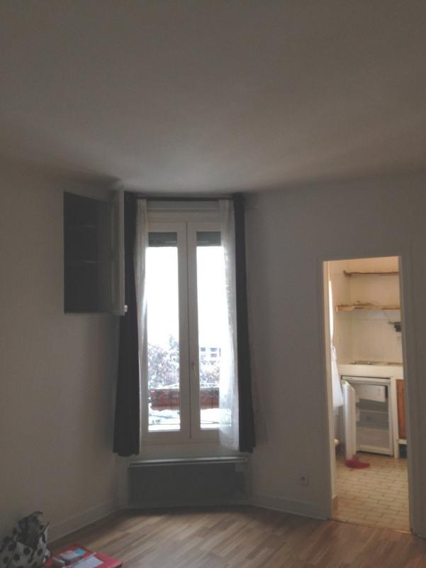Location appartement Paris 11ème 830€ CC - Photo 5