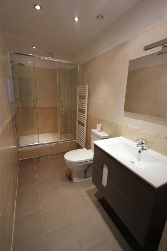 Location appartement Paris 10ème 1200€ CC - Photo 5