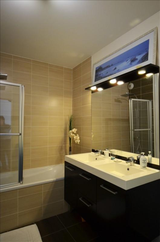 Deluxe sale apartment Charbonnieres les bains 599000€ - Picture 5