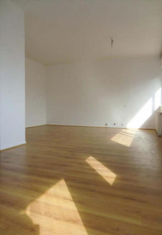 Rental apartment Cergy préfecture 690€ CC - Picture 4