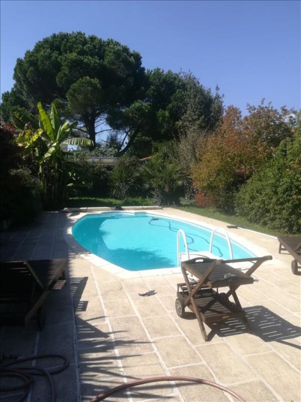 Deluxe sale house / villa Bordeaux 1240000€ - Picture 1