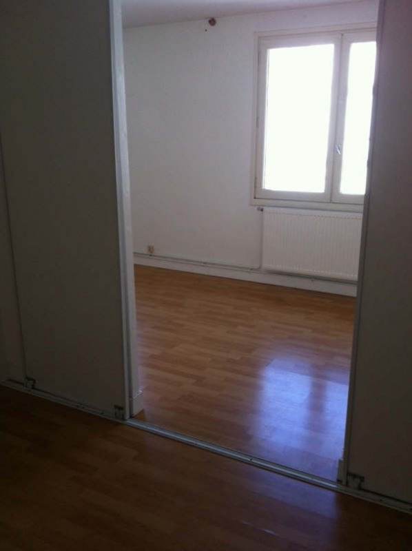 Location appartement Angouleme 382€ CC - Photo 5