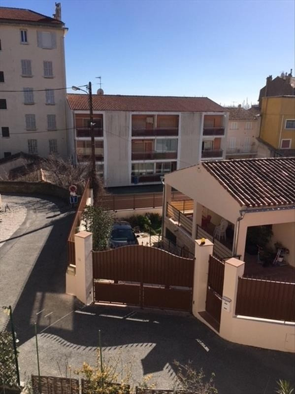 Location appartement Bandol 865€ CC - Photo 2