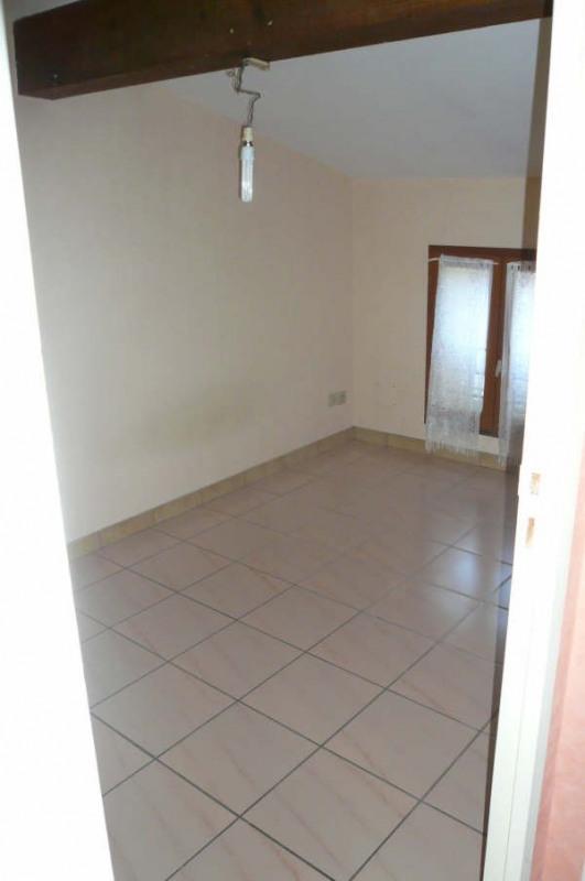 Rental apartment St andre de cubzac 333€ CC - Picture 4