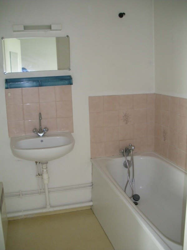 Rental apartment Brest 333€ CC - Picture 3