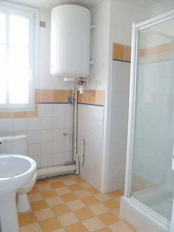Rental apartment Maisons alfort 685€ CC - Picture 3