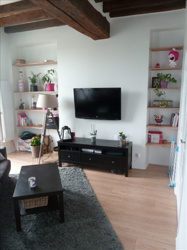 Rental apartment Andresy 855€ CC - Picture 1