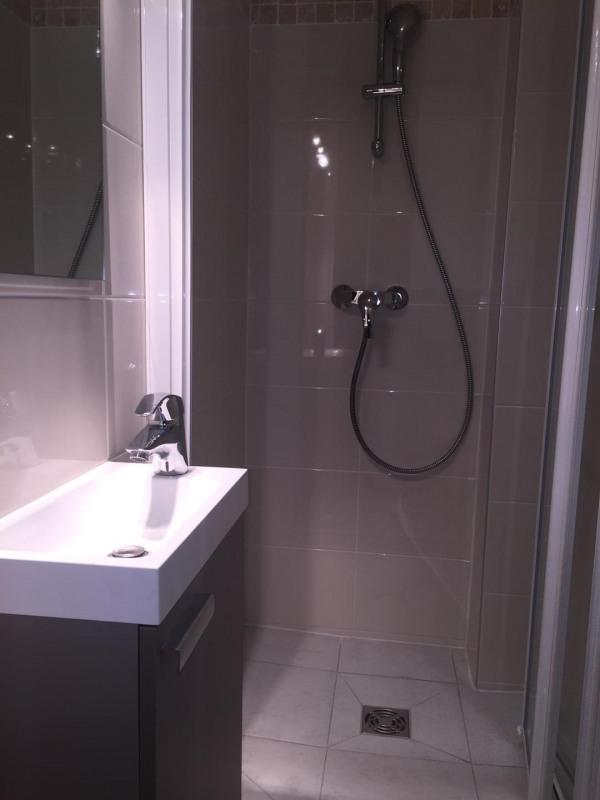 Location appartement Paris 8ème 2694€ CC - Photo 5