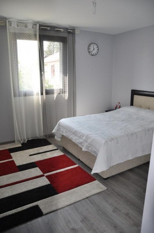Sale house / villa Limas 430000€ - Picture 10