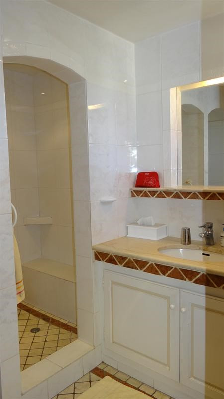 Vacation rental house / villa Cavalaire sur mer 1000€ - Picture 27